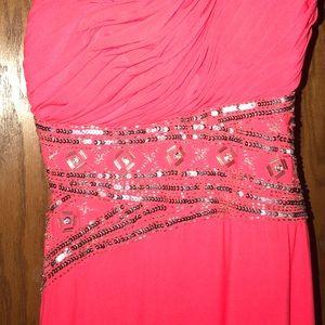 Open-back long coral dress